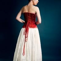 Rita-RedCorsetWhiteSkirt-Back_MG_6543